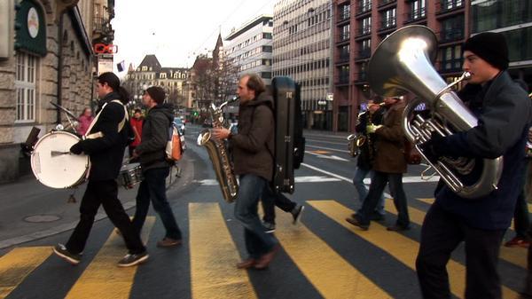 Jazz in strada: Fischermann's Orchestra prin Romania