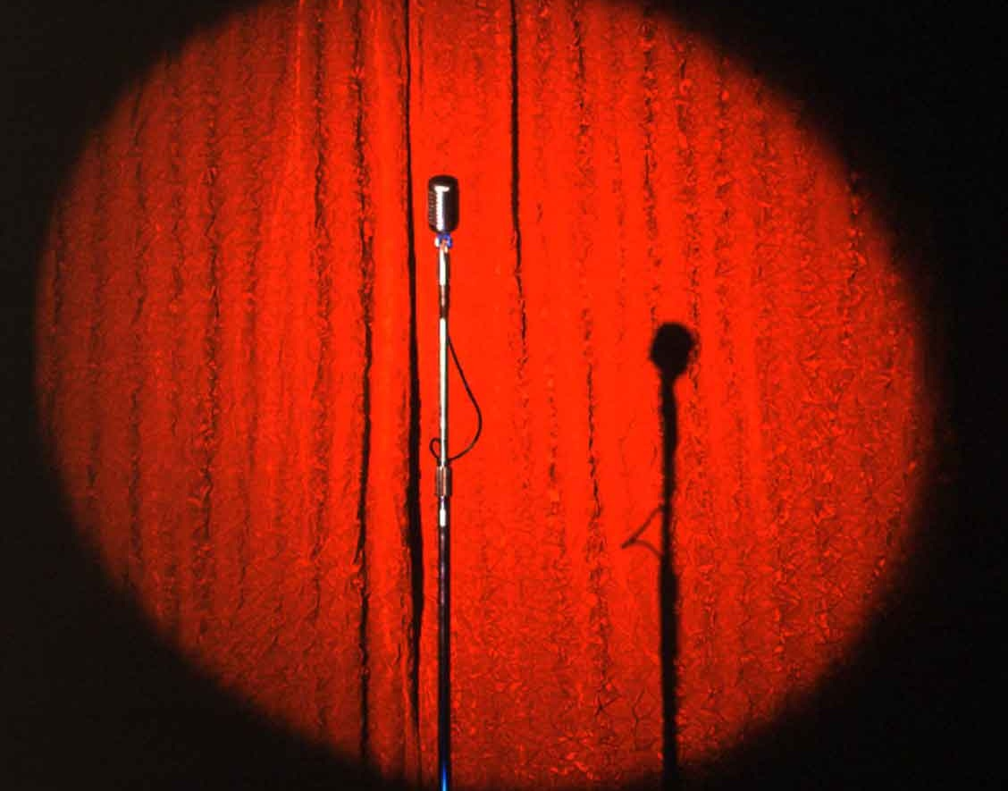 spectacol de stand up, stand up