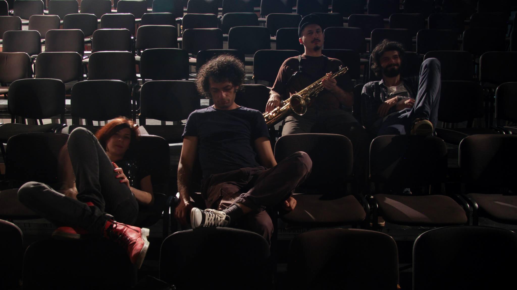 Exit Oz – Interviu cu Alex Iovan